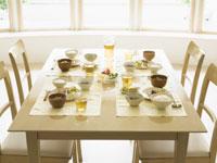 家族で食べるご飯